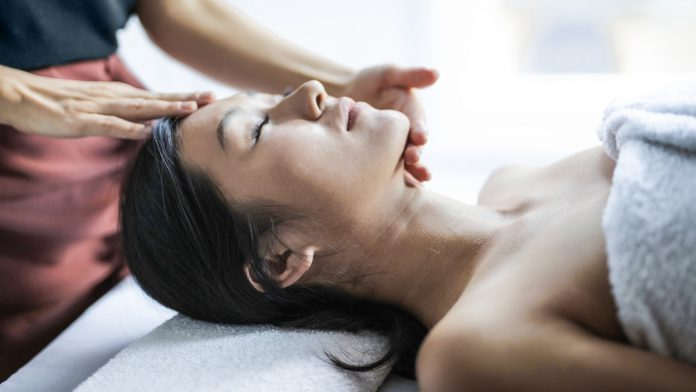 Head Massage Singapore | magazine.vaniday.com